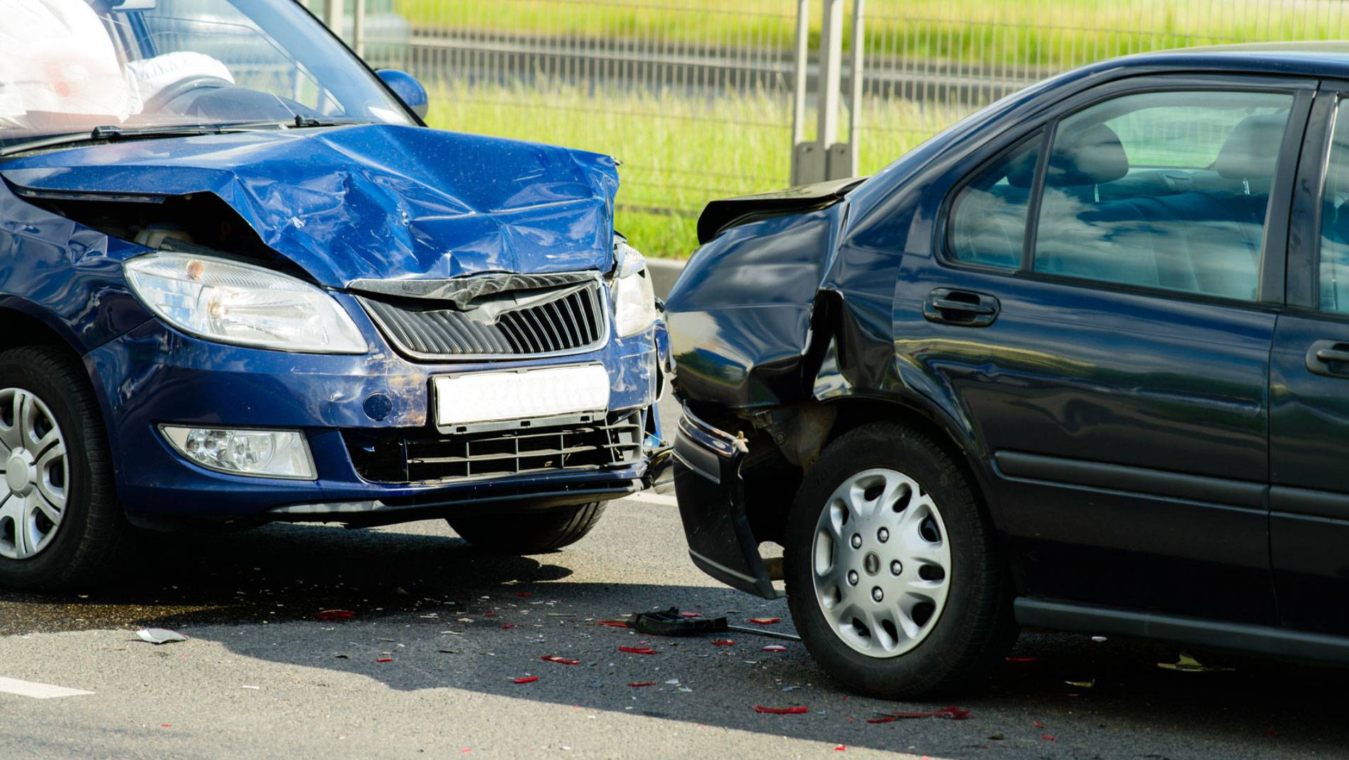 Charleston Texting While Driving Accident Attorneys